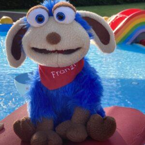 Franzi – das blaue Back2Power-Schaf